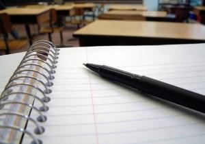prova-do-crc-caderno-e-caneta